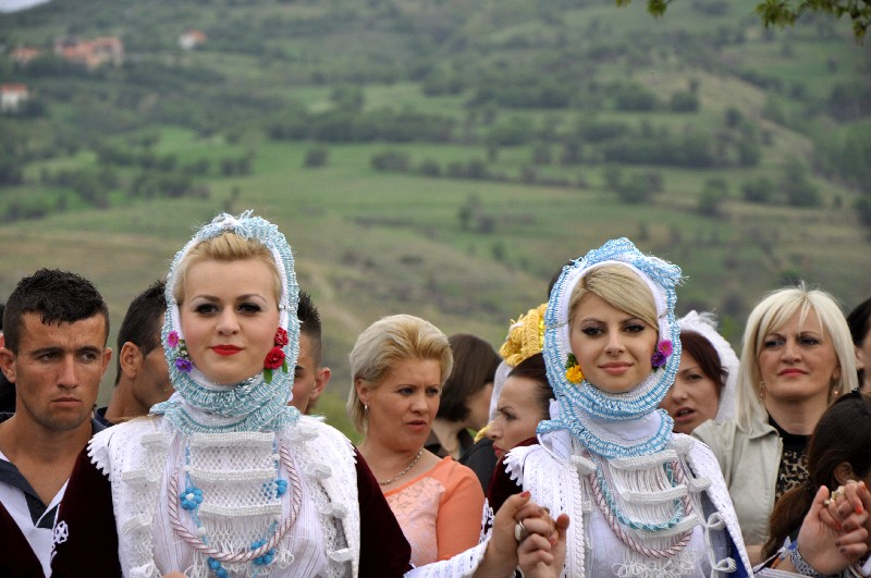 Young Gorani girls in traditional costumes.
