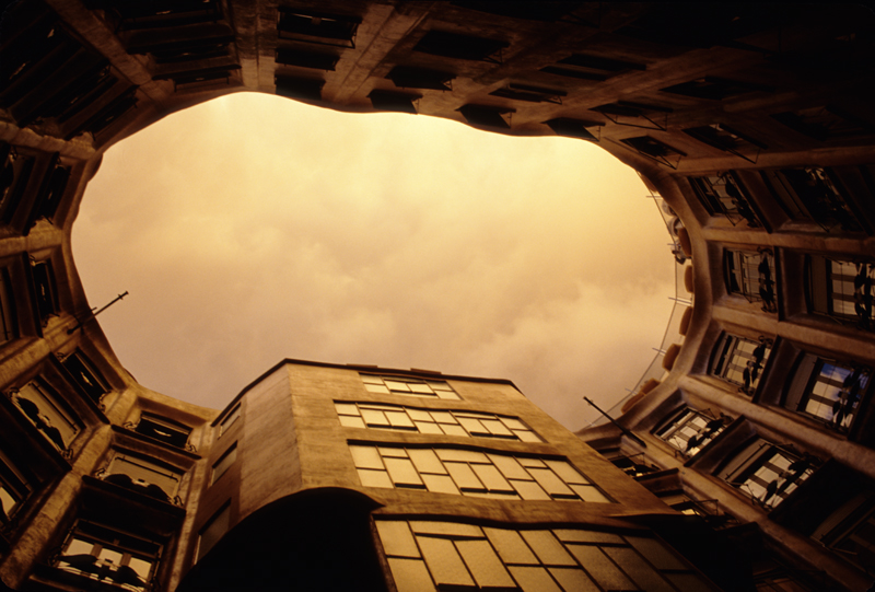 A View to the outer world - through the eye of the roof